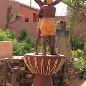 La statue de la libération de l'esclavage. Crédit photos: DD l7 (e blog de DD 17)